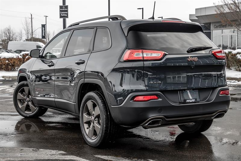 Pre-Owned 2016 Jeep Cherokee 4x4 North