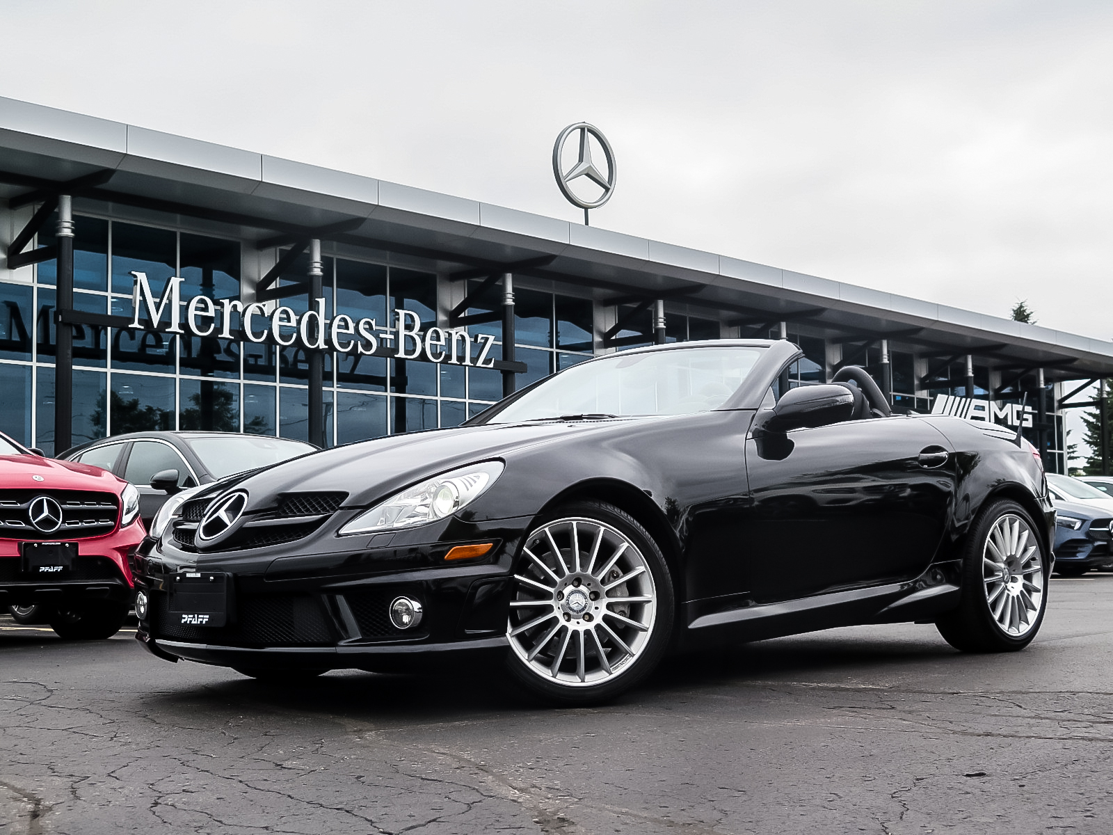 Pre-Owned 2011 Mercedes-Benz SLK350 Roadster
