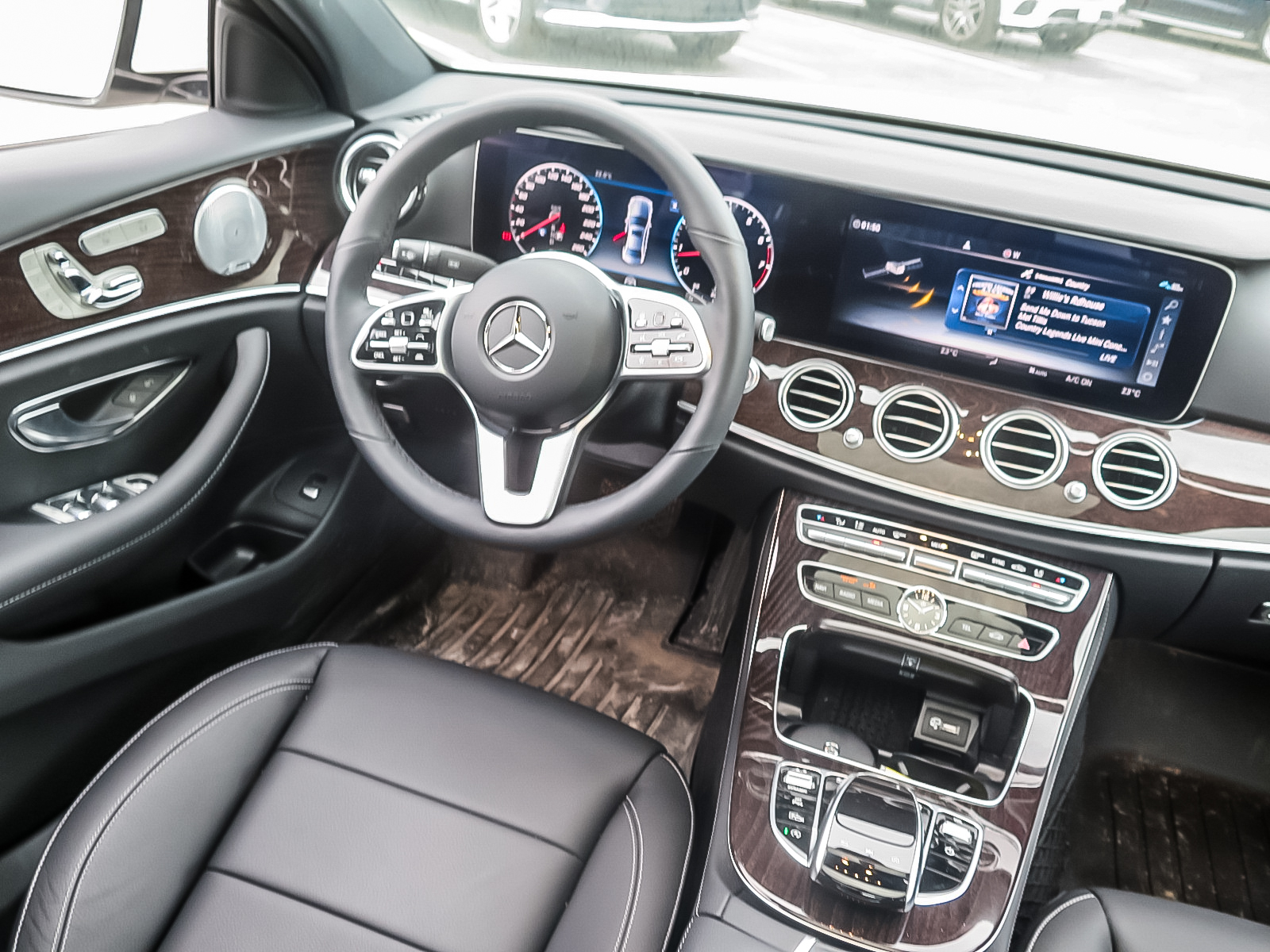New 2019 Mercedes-Benz E450 4MATIC Sedan