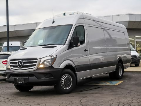 Pre-Owned 2017 Mercedes-Benz Sprinter V6 3500 Cargo 170 Ext.